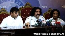 سکیورٹی چیک پوسٹ پر حملے کے الزام میں ارکان قومی اسمبلی محسن داوڑ اور علی وزیر گرفتار ہیں۔ (فائل فوٹو)