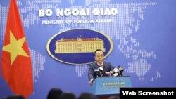 Phó phát ngôn Bộ Ngoại giao Đoàn Khắc Việt. Photo VOV.