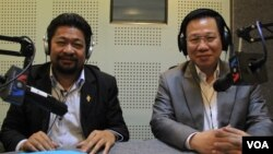 Ou Chanroth (left), member of Parliament from the Cambodia National Rescue Party (CNRP) and Chheang Vun (right), member of Parliament from the Cambodian People's Party (CPP), discuss the meaning and principles of parliamentary immunity under Cambodian law during Hello VOA call-in show on Tuesday, May 31, 2016. (Lim Sothy/VOA Khmer)