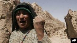 به گفتۀ فعالان خشونت از قبل در افغانستان وجود داشته است، آنچه زیاد شده گزارشدهی است