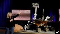 """美國太空總署的科學家們宣佈,已經在火星表面行駛了14年的""""火星機會""""號探測車任務終結。"""