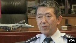 日本最高軍事官員、自衛隊統合幕僚長岩崎茂(視頻截圖)