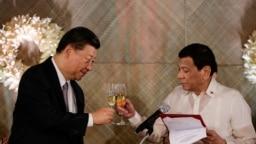 Tổng thống Duterte tiếp ông Tập Cận Bình đến thăm Philippines