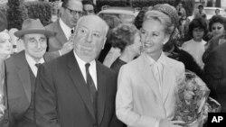 آلفرد هیچکاک و تیپی هدرن، ۱۹۶۳