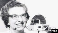 Dr. Nancy Grace Roman pada saat masih bekerja untuk badan antariksa AS (NASA) - (foto dok. tahun 1962).