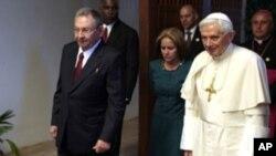 罗马天主教宗本笃十六世3月27日在古巴首都哈瓦那会晤古巴总统劳尔.卡斯特罗