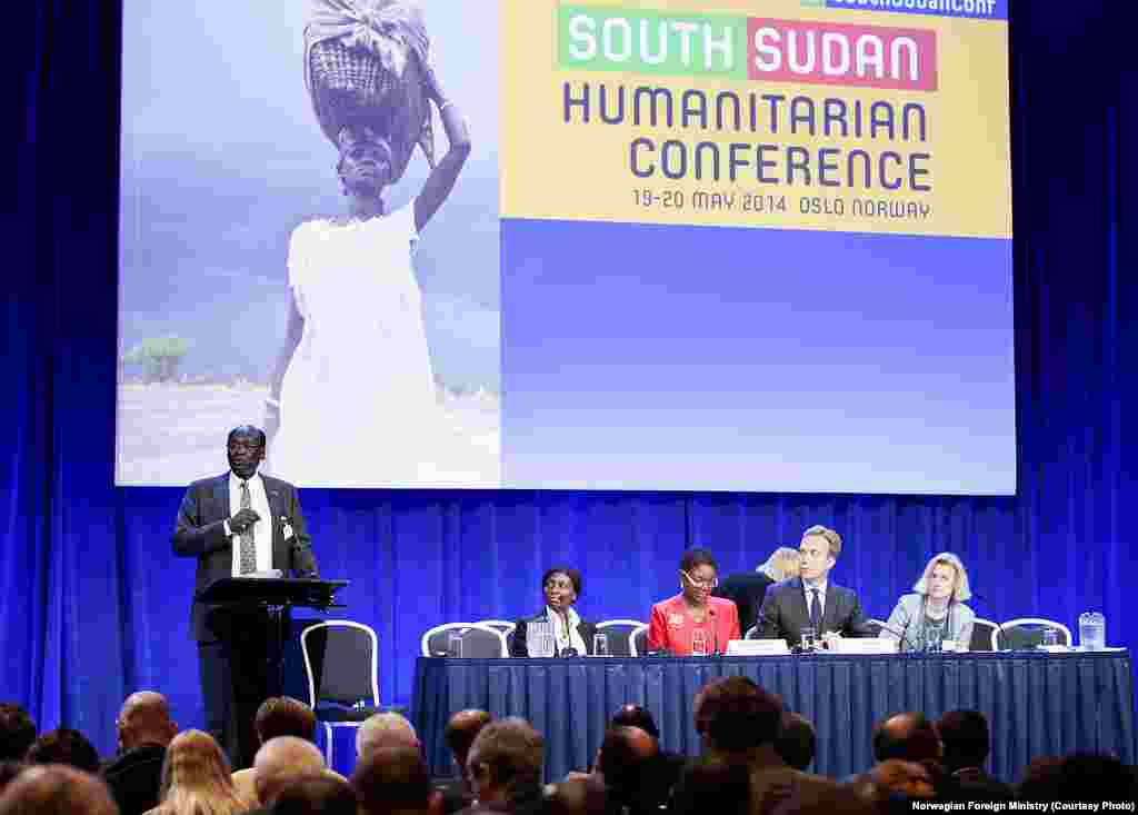 South Sudanese Foreign Minister Barnaba Marial Benjamin gives a speech at the pledging conference in Norway for South Sudan on Tuesday, May 20, 2014.