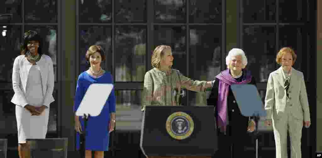 From left, First Lady Michelle Obama, former first lady Laura Bush, former first lady Hillary Clinton, former first lady Barbara Bush and former first lady Rosalynn Carter at the George W. Bush Presidential Center, Dallas, Texas, April 25, 2013.