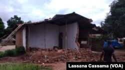 Casa destruida pela chuva, Bissau