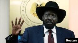 Presiden Salva Kiir Senin (23/12) menegaskan bahwa ia siap berbicara dengan lawan-lawannya asalkan tidak ada prasyarat.