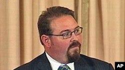 US State Department's anti-trafficking coordinator, Luis CdeBaca, 14 Jun 2010
