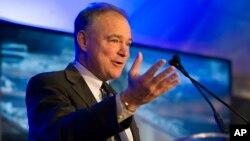 """""""En América Latina se necesita un liderazgo fuerte"""", dijo el senador Kaine."""