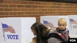 SAD: Amerikanci danas glasaju