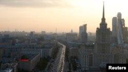 俄罗斯莫斯科国际商业中心大楼附近的景象。(资料照片)