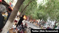 The aftermath of bomb attack in Urumqi market place (Photo: Social media)