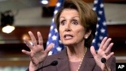 La líder de la minoría Nancy Pelosi confía que se logre aprobar una reforma migratoria antes de junio de 2014.
