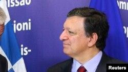 """Jose Manuel Barroso souhaite éviter un nouvel """"Afghanistan"""" en Afrique du Nord"""