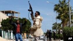 3月5日反政府武装在扎维耶抵抗亲卡扎菲部队的进攻