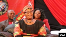 UNkosazana Thokozani Khupe usexotshwe edale lephalamende licele leMDC-T elikhokhelwa nguMnu. Nelson Chamisa.
