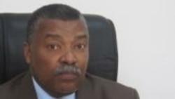 """""""PAIGC tem de fazer uma cura interna"""", diz Delfim da Silva - 10:00"""