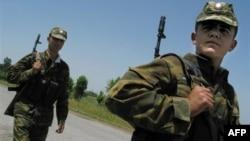 Tacikistan polisi keçən il həbsxanadan qaçan yaraqlıların axtarışını davam etdirir