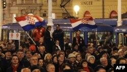 Смена власти в Словении и Хорватии