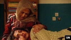 """Sebuah adegan serial TV Afghanistan """"Palwasha"""" dalam tangkapan layar. Serial tersebut menceritakan tentang kekerasan terhadap perempuan, Kabul, Afghanistan. (Foto: Courtesy/ UN/Jawad Jalali)"""