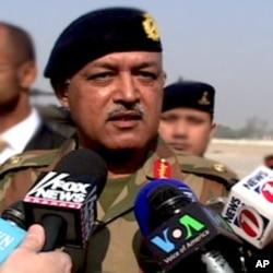 پشاور کور کمانڈر لیفٹیننٹ جنرل آصف یاسین ملک