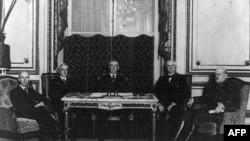 Amerika Tarixi: 1920-ci illərdə vətəndaş azadlıqlarına kommunizm təhlükəsi