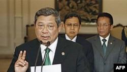 Ông Yudhoyono đã đắc cử nhiệm kỳ tổng thống 5 năm lần thứ hai hồi năm ngoái sau khi ông hứa sẽ chấm dứt nạn tham nhũng hối lộ trong chính phủ