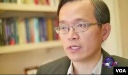 洛杉磯加州大學安德森管理學院經濟學家俞偉雄 UCLA (美國之音國符拍攝)