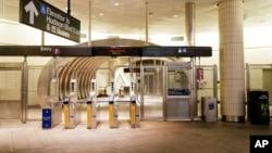 2020年3月20日紐約空蕩蕩的地鐵站