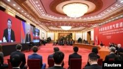 中国国家主席习近平和俄罗斯总统普京2019年12月2日通过视频分别在北京和索契出席中俄东线天然气管道投产通气仪式。