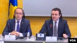 Kosovo/Governemnet