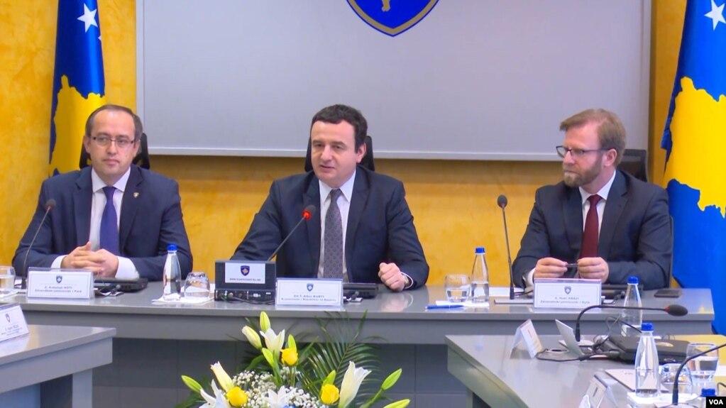 Kryeministri Kurti shkarkon ministrin e Brendshëm – LDK kundërshton