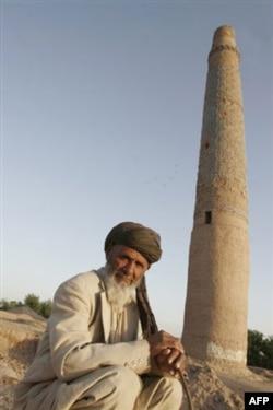 Notinch Afg'oniston raqobat maydoni bo'lib qolmoqda