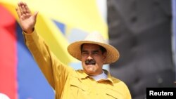 """""""El Fondo Monetario Internacional me tiene sin cuidado, Venezuela es independiente del FMI"""", reiteró Maduro durante el fin de semana."""