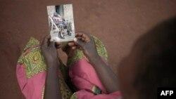 Beatrice, une des victimes de la LRA, témoigne à Obo, en Centrafrique, le 19 février 2018.