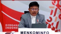 Menteri Komunikasi dan Informatika (Menkominfo), Johnny G Plate, Jumat 20 Agustus 2021. (Foto: VOA/Anugerah Andriansyah)