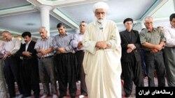 ماموران امنیتی در ایران حتی اجازه برگزاری نمازهای جماعت اهل سنت، از جمله نماز عید فطر، را نداده و در برخی موارد با آنها برخورد کرده است