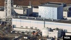 Gambar salah satu reaktor nuklir di Fukushima setelah gempa, Sabtu (12/3). Ledakan terdengar dari salah satu dari dua PLTN yang rusak akibat gempa dan tsunami.