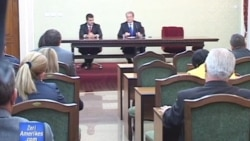 Qeveria fton opozitën për tryezë reformash