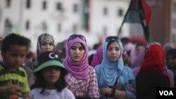 La posibilidad de que los libios puedan tener legalmente cuatro esposas ha originado preocupaciones en el país.