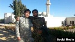 مصطفی صدرزاده در کنار ابوحامد، فرمانده لشکر فاطمیون که هر دو در سوریه کشته شدهاند