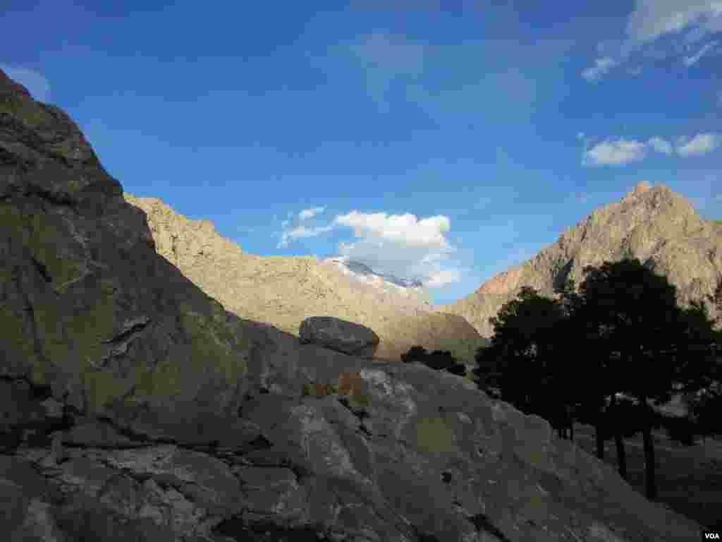 قله پرآو- کرمانشاه عکس: کیوان (ارسالی شما)