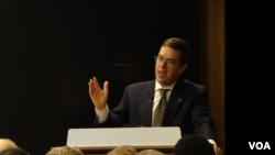 华盛顿智库战略与预算评估中心总裁托马斯·麦肯(Thomas Mahnken)(美国之音黎堡摄)