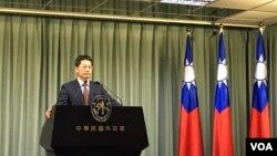 """3月5日,台灣外交部發言人李憲章接受媒體提問,回應總統蔡英文呼籲與日方""""安保對話""""以及日方回應一事。"""