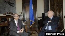 Encuentro del Secretario General de la OEA, José Miguel Insulza, y el presidente del Foro Económico Mundial (WEF), de EE.UU, Jean-Pierre Rosso.