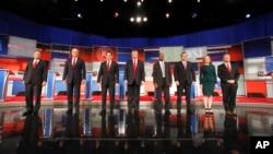 지난 10일 미국 공화당 대선 후보 TV 토론회에 참석한 후보들. (자료사진)