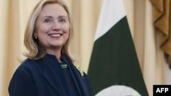 Хиллари Клинтон находится с визитом в Пакистане